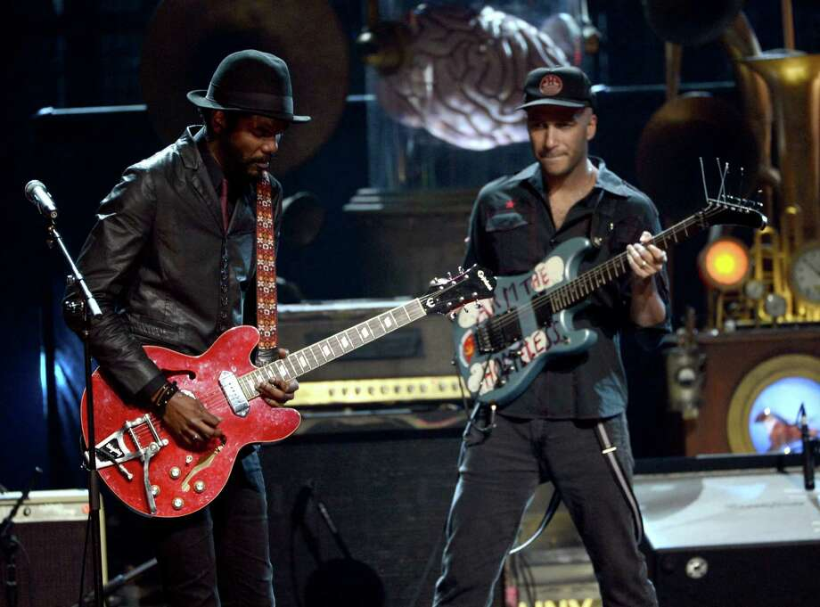 (L-R) Musicians Gary Clark Jr. and Tom Morello perform onstage at the 28th Annual Rock and Roll Hall of Fame Induction Ceremony at Nokia Theatre L.A. Live on April 18, 2013 in Los Angeles, California. Photo: Kevin Winter, Getty Images / 2013 Getty Images