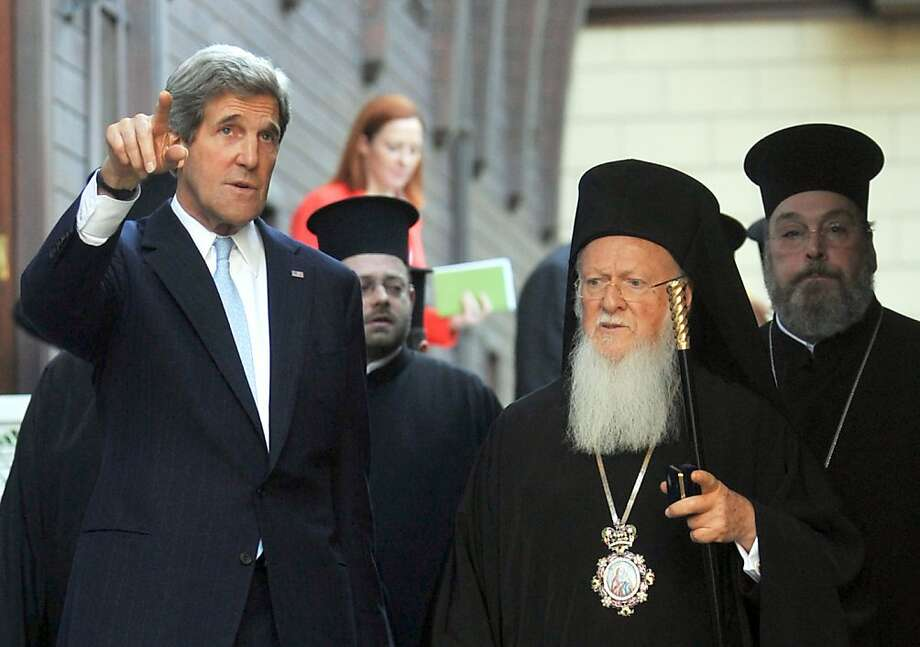 U.S. Secretary of State John Kerry (left) meets in Istanbul with religious leader Bartholomew I. Photo: Ozan Kose, AFP/Getty Images