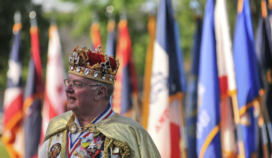 Rey Feo Lawrence Benson speaks during the Fort Sam Houston Fiesta Celebration on Sunday evening. Photo: Robin Jerstad, San Antonio Express-News