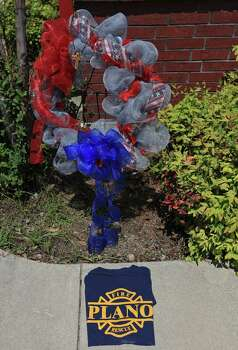 A memorial outside the West Volunteer Fire Department headquarters, Sunday April 21, 2013, after an explosion at a fertilizer plant that occurred Wednesday evening in West, Tx. Photo: Edward A. Ornelas, Express-News / © 2013 San Antonio Express-News