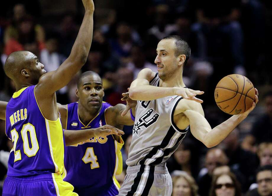 Manu Ginobili, right, contributed 18 points for the Spurs in his second game since March 29. Photo: Eric Gay, STF / AP