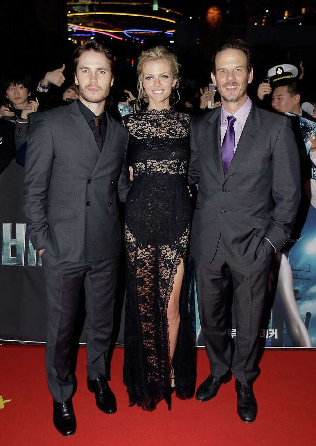Taylor Kitsch, left, Brooklyn Decker and director Peter Burg at the \'Battleship\' South Korea premiere in Seoul, South Korea. Photo: Chung Sung-Jun, Getty Images / 2012 Getty Images
