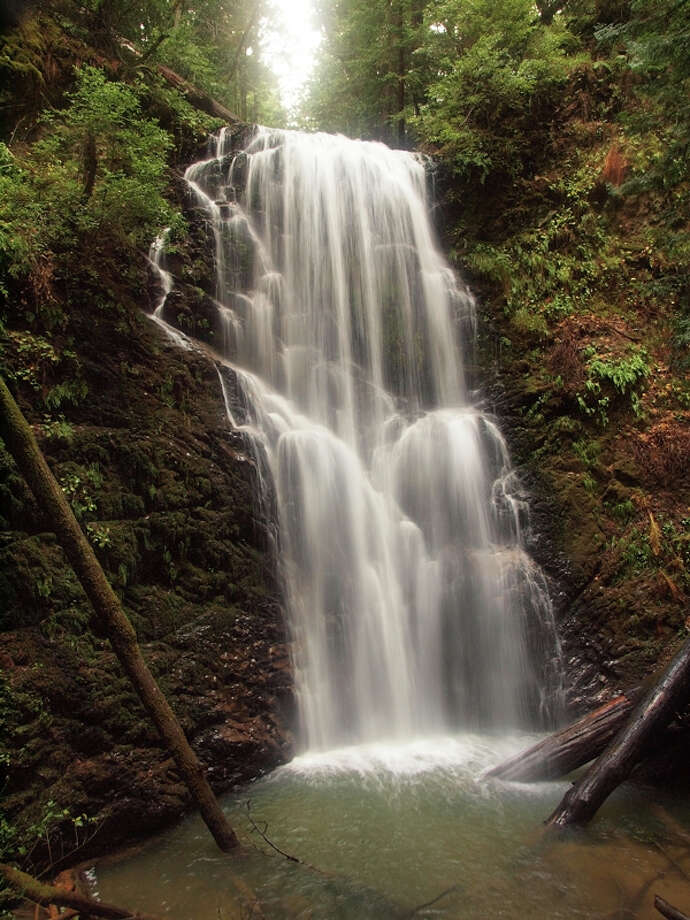 70-foot Berry Creek Falls with super flow captured by Scott Peden