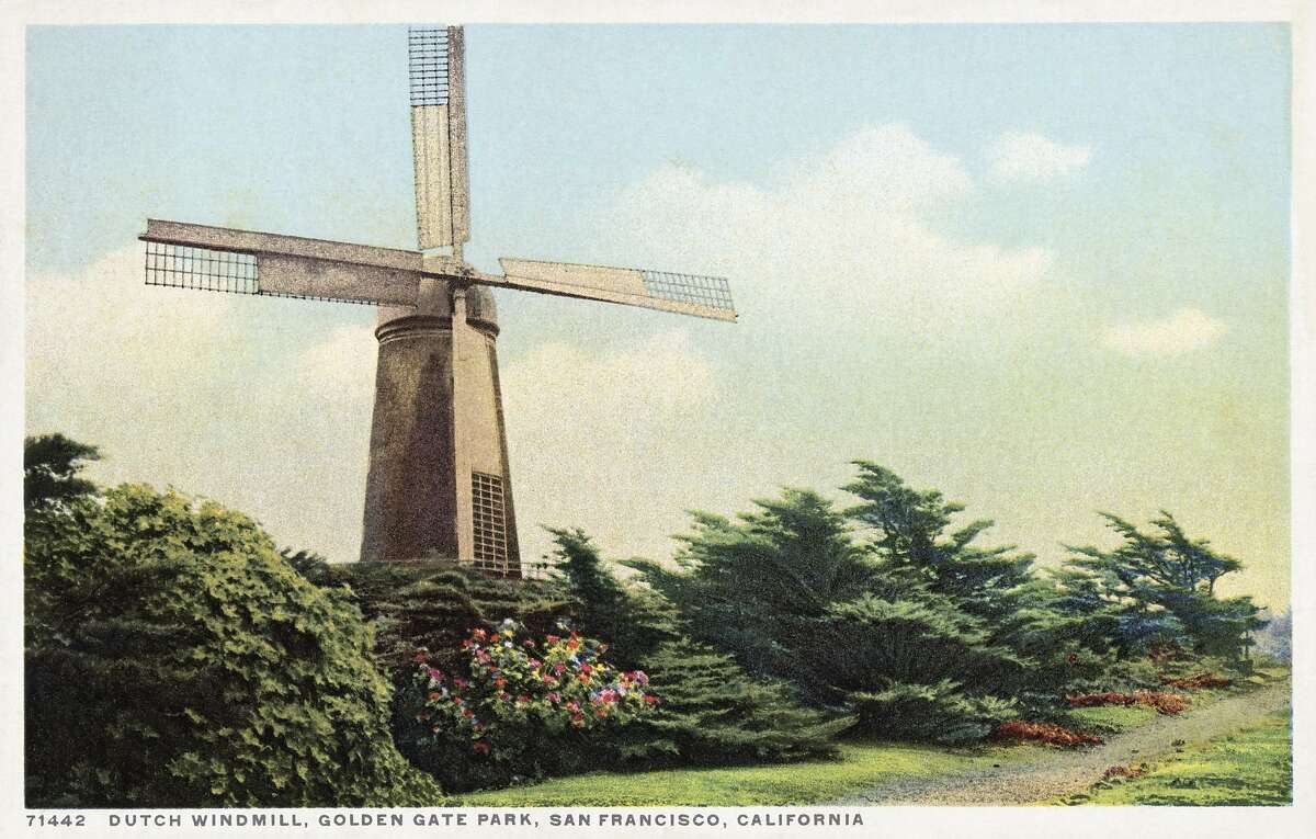 UNSPECIFIED - CIRCA 1930: Dutch Windmill, Golden Gate Park, San Francisco, California Postcard. ca. 1915-1925, Dutch Windmill, Golden Gate Park, San Francisco, California Postcard (Photo by LCDM Universal History Archive/Getty Images)