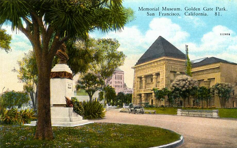 Vintage postcard showing the exterior of the Memorial Museum. Photo: Curt Teich Postcard Archives