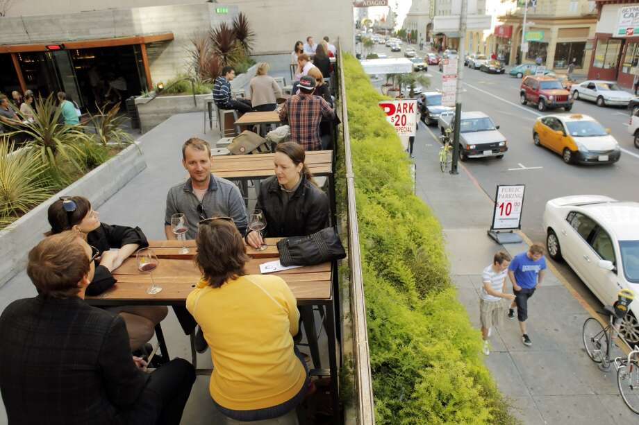 Jones (620 Jones St, San Francisco): The food and drink is nothing special but the outdoor area is an unexpected oasis. Photo: San Francisco Chronicle