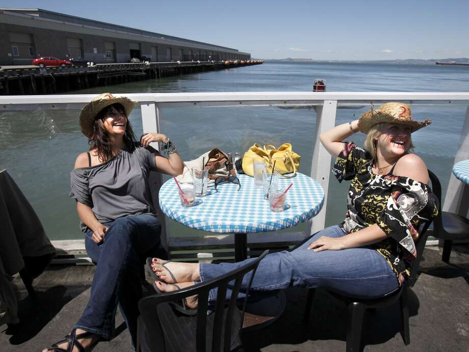 Pier 23 Cafe, San Francisco. Photo: San Francisco Chronicle