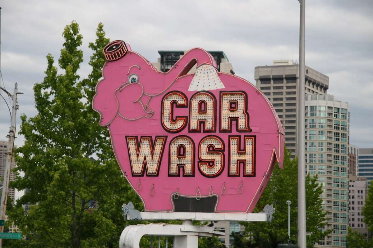 Amazon to install Pink Elephant sign in Denny Triangle office