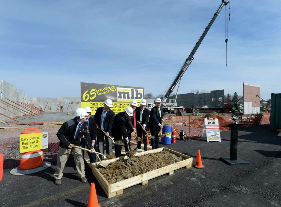 The ceremonial groundbreaking occurred Monday April 22, 2013, in Niskayuna, N.Y. for the new Walmart neighborhood market store.    (Skip Dickstein/Times Union) Photo: SKIP DICKSTEIN / 10021989A