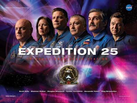 Expedition 25 - Commander Douglas Wheelock and Flight Engineers Fyodor Yurchikhin, Shannon Walker, Scott Kelly, Alexander Kaleri and Oleg Skripochka served aboard the International Space Station as the Expedition 25 crew.