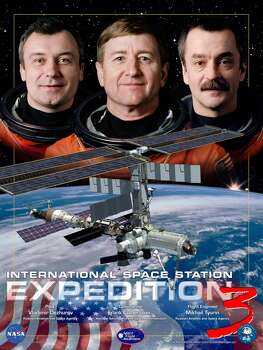 Expedition 3 - Commander Frank Culbertson and Flight Engineers Vladimir Dezhurov and Mikhail Tyurin occupied the International Space Station for 117 days from August 2001 through December 2001.