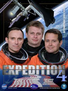 Expedition 4 was Commander Yury Onufrienko\'s second long-duration flight. Flight Engineers Carl Walz and Dan Bursch broke the U.S. space flight endurance record with 196 days in space. Their mission lasted from December 2001 until June 2002.