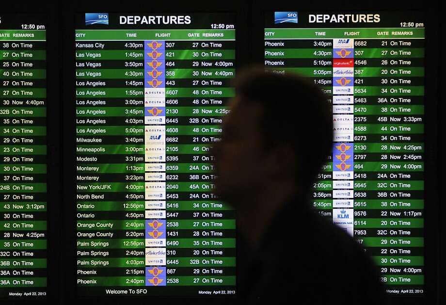 There were 400 flight delays reported nationwide as a result of furloughs, the FAA says. Photo: Josh Edelson, Special To The Chronicle