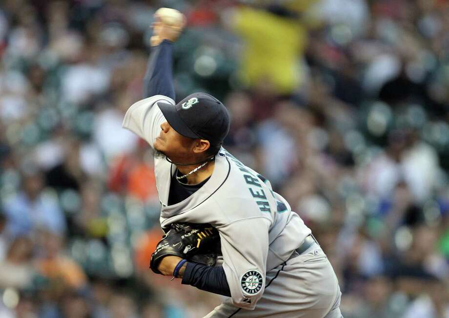 Felix Hernandez owned the Astros on Monday, throwing six shutout innings for his 100th win. Photo: Nick De La Torre, Staff / © 2013 Houston Chronicle