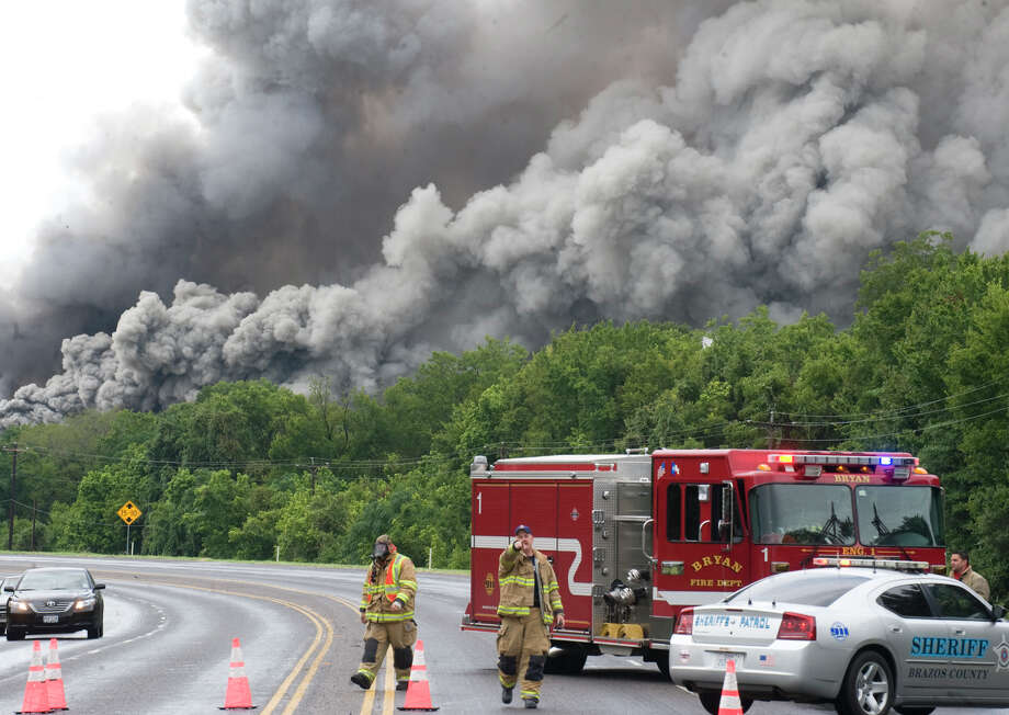 El Dorado Chemical's warehouse and plant near  Bryan caught fire in 2009, causing a mass evacuation. In the aftermath, the company rebuilt the plant with a concrete storage facility for ammonium nitrate. Photo: Stewart Villanueva, MBR / College Station Eagle