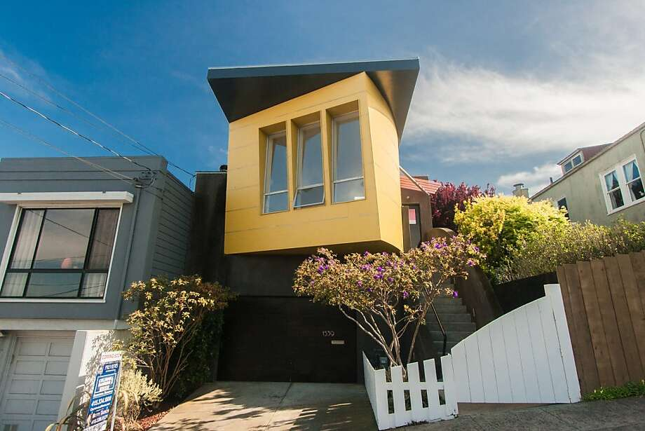 1539 Felton St., $958,000 Photo: Blu Photography