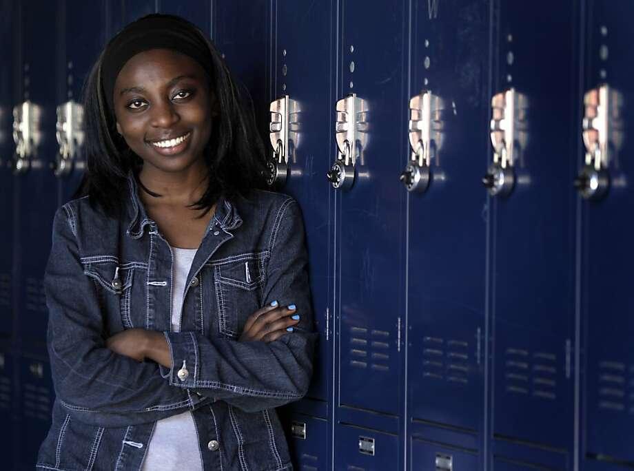 Tati Longuele, originally from Gabon, at Oakland's International High School. Photo: Paul Chinn, The Chronicle