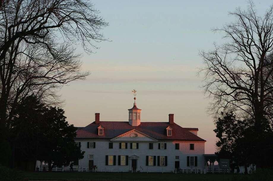 George Washington's Mount Vernon Estate is seen during a holiday tour December 4, 2004. Photo: Joe Raedle, Getty Images / 2004 Getty Images