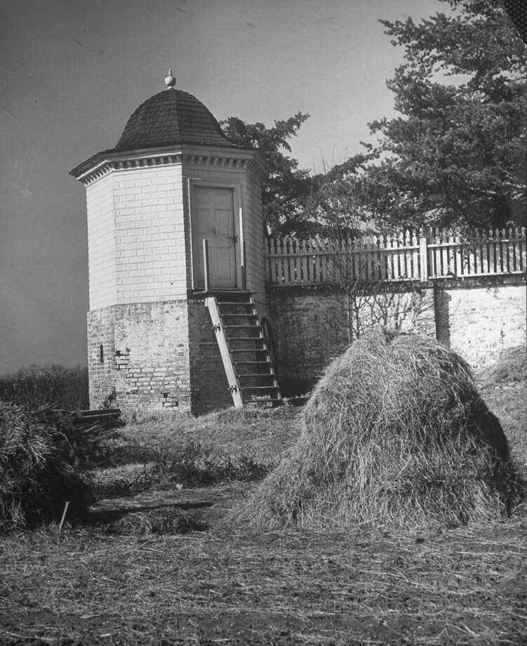 "The octogonal ""necessary"" (privy) is shown at colonial Mount Vernon, George and Martha Washington's estate, in 1943. It was converted into a tool house. Photo: Alfred Eisenstaedt, Time & Life Pictures/Getty Image / Time & Life Pictures/Getty Images"