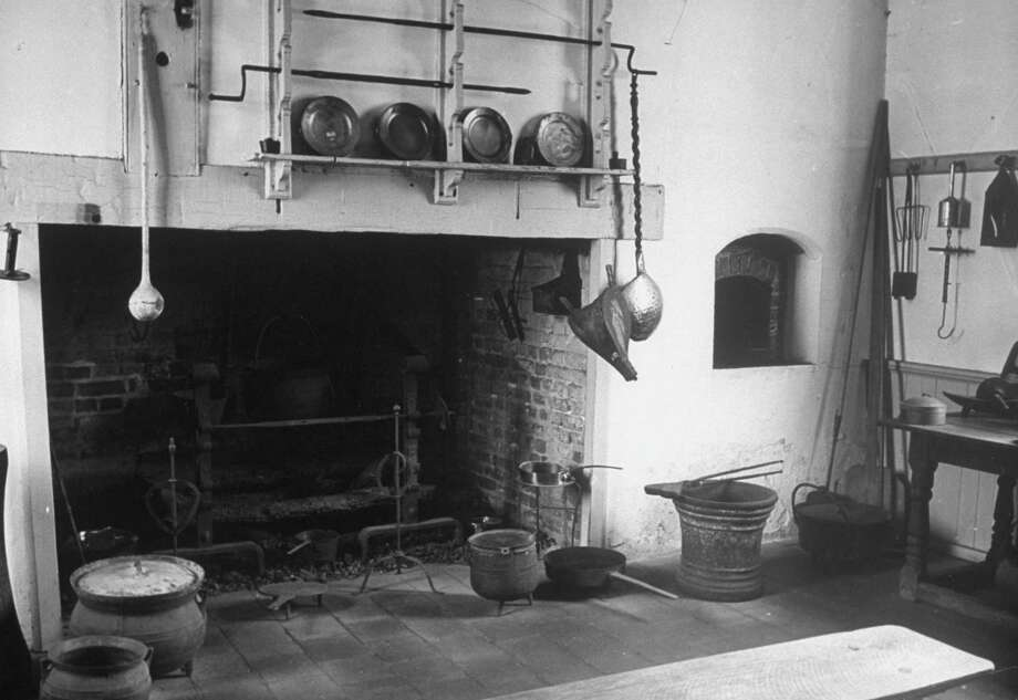 The Colonial kitchen at Mount Vernon, George and Martha Washington's estate, is shown in 1943. Photo: Alfred Eisenstaedt, Time & Life Pictures/Getty Image / Time & Life Pictures/Getty Images