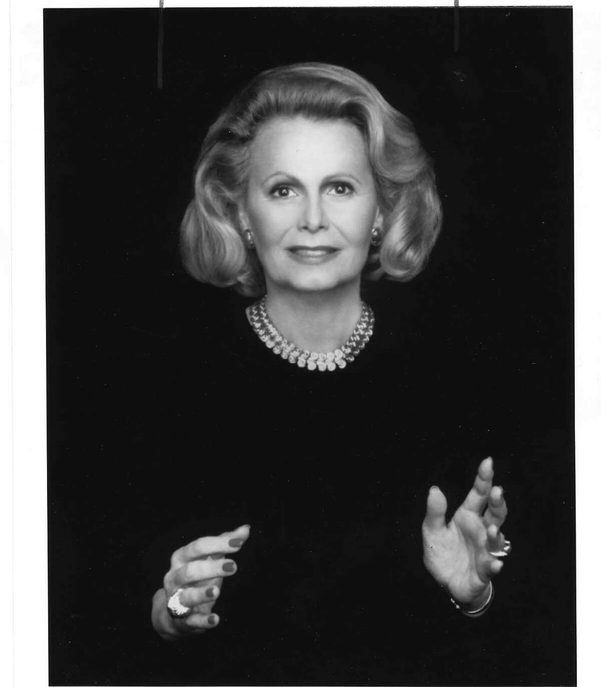 Joan Quigley advised Ronald and Nancy Reagan on the best times for travel, summits and surgeries.