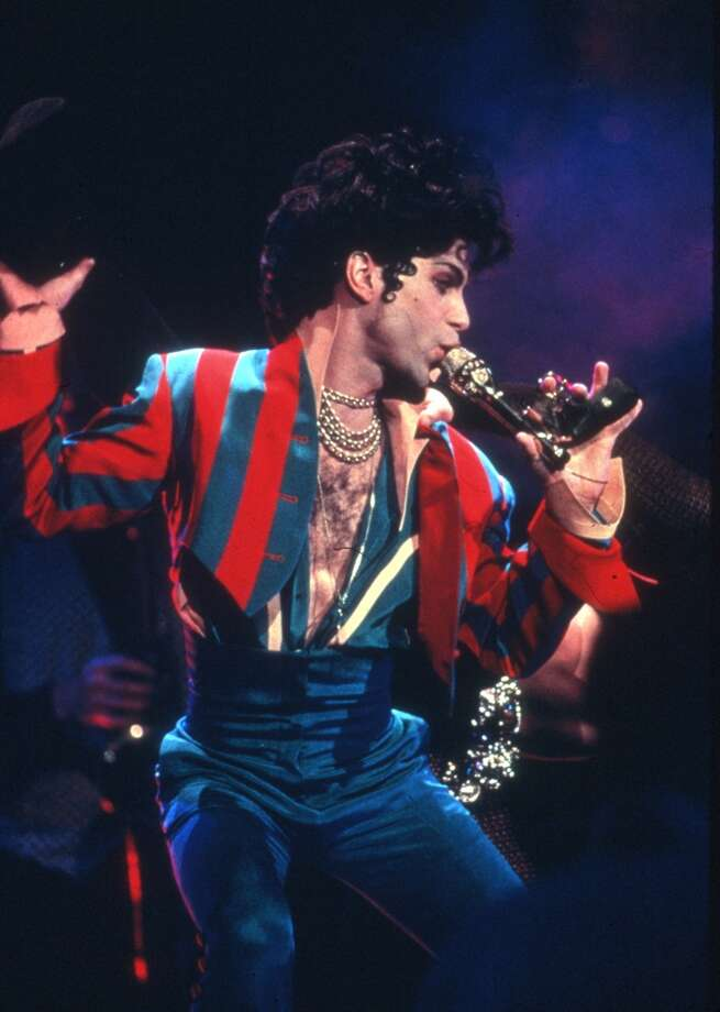 Musician Prince performs onstage at Radio City Music Hall on March 24, 1993 in New York, New York. (Photo of Prince  Photo by Al Pereira/Michael Ochs Archives/Getty Images)