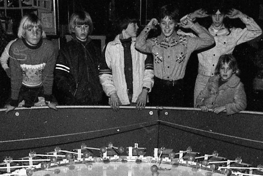 Jan. 18, 1977: I used to think I imagined most of the 1970s, until I started looking through the Chronicle archives. I would still wear that jacket second from the left ... Photo: Clem Albers, The Chronicle / ONLINE_YES