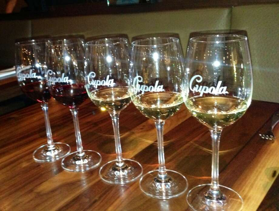 Festa di Bacchus: Five 2-ounce pours of wine for $14