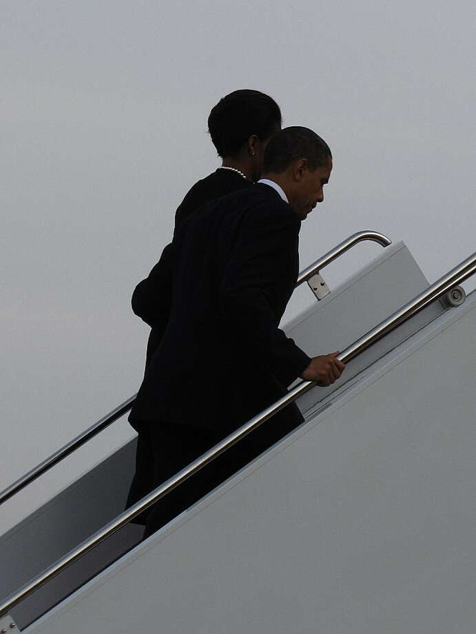 President Obama and First Lady Michelle Obama depart from Fort Hood. Photo: Picasa 3.0