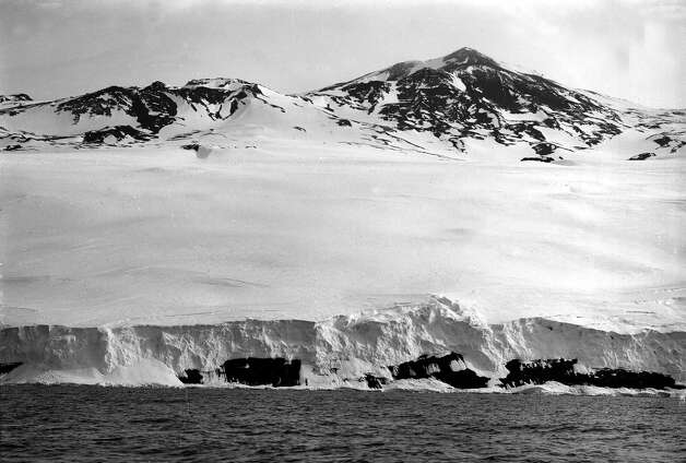 Captain Scott's Antarctic Expedition 1911 - 1912, 3rd January, 1911. A view of Mount Terror taken in the evening. Photo: Popperfoto, H.G. Pointing/Terra Nova / Popperfoto