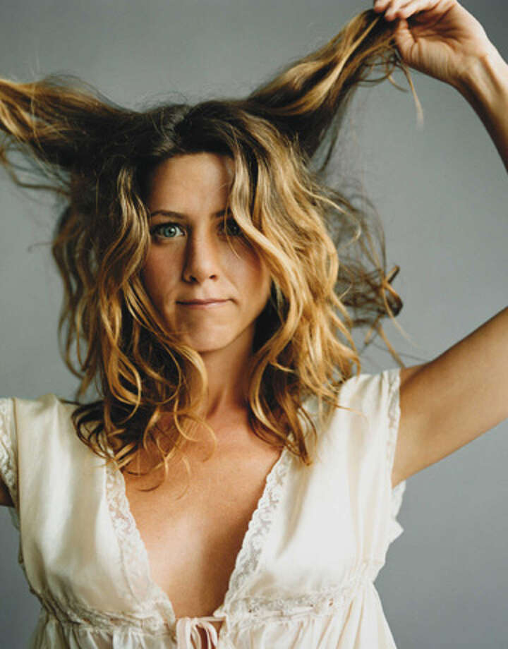 Jennifer Aniston, whose movies are like the movies of the classic actresses, showcases for her personality.