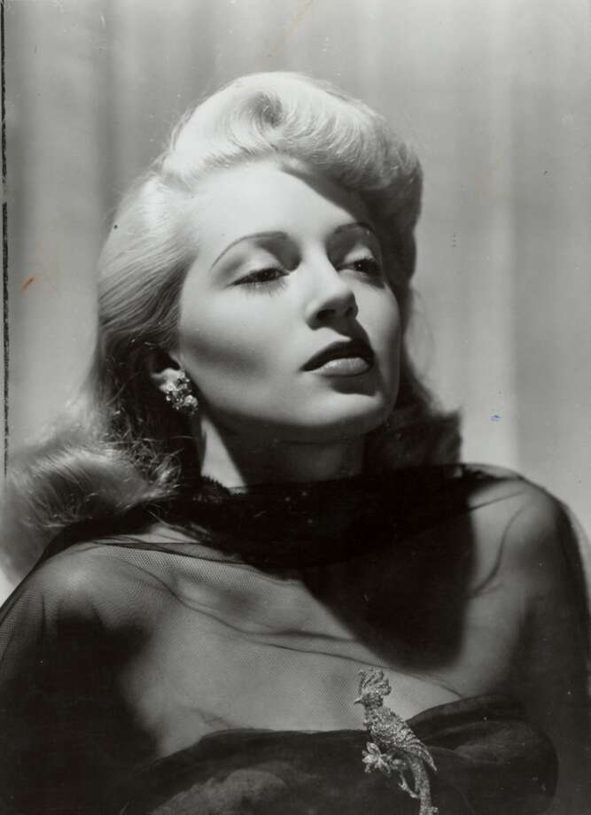 Lana Turner, glamor star of the 1940s.