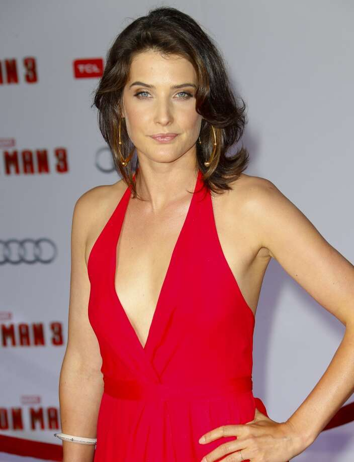 HOLLYWOOD, CA - APRIL 24:  Actress Cobie Smulders attends the premiere of Walt Disney Pictures' 'Iron Man 3' at the El Capitan Theatre on April 24, 2013 in Hollywood, California.  (Photo by Imeh Akpanudosen/Getty Images)