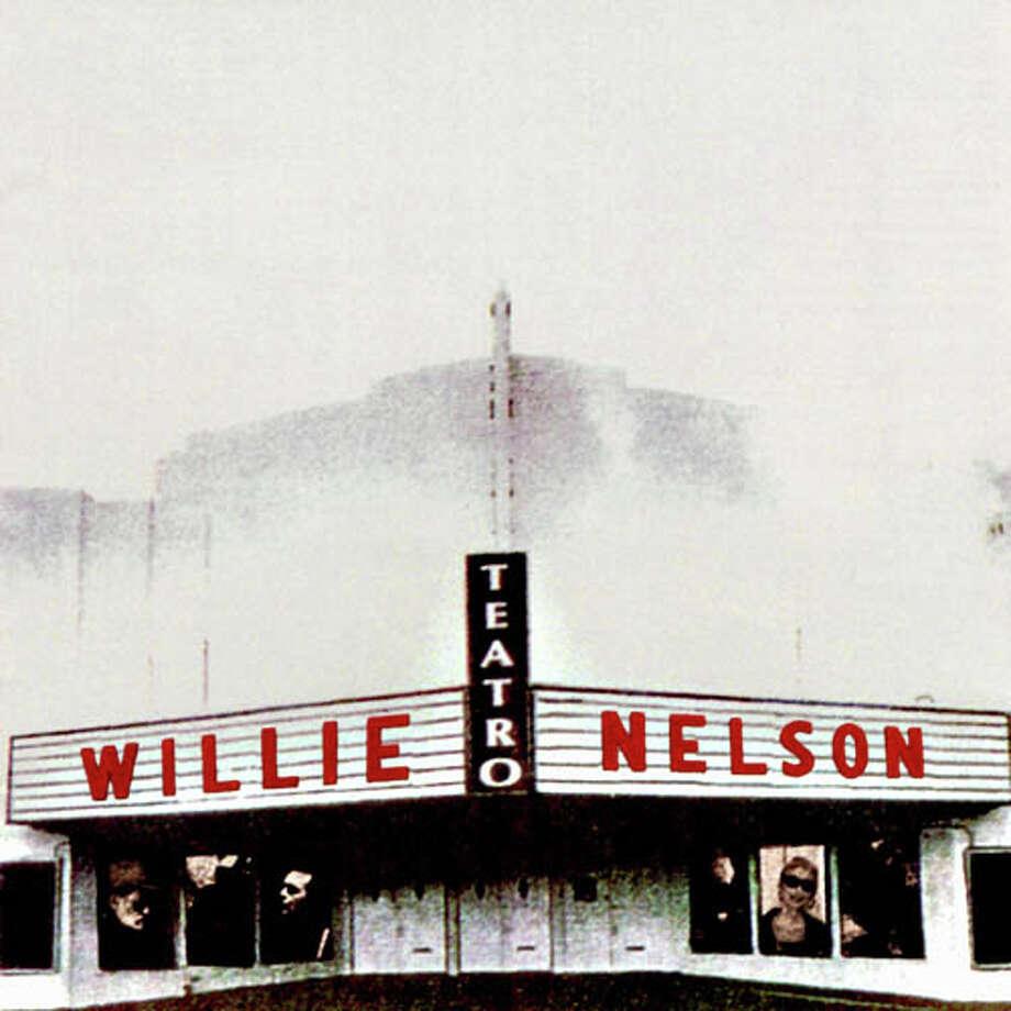 Teatro Photo: Album Cover