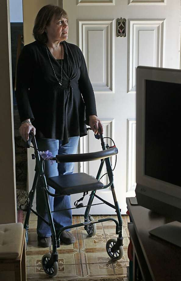 "Nani Lofstrom, who receives both Medicare and Medi-Cal, worries that her care will be disrupted by a switch to managed care for ""dual eligibles"" like her. Photo: Michael Macor, The Chronicle"