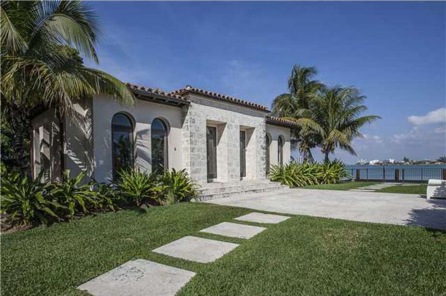 The estate extras. Photos via Realtor.com