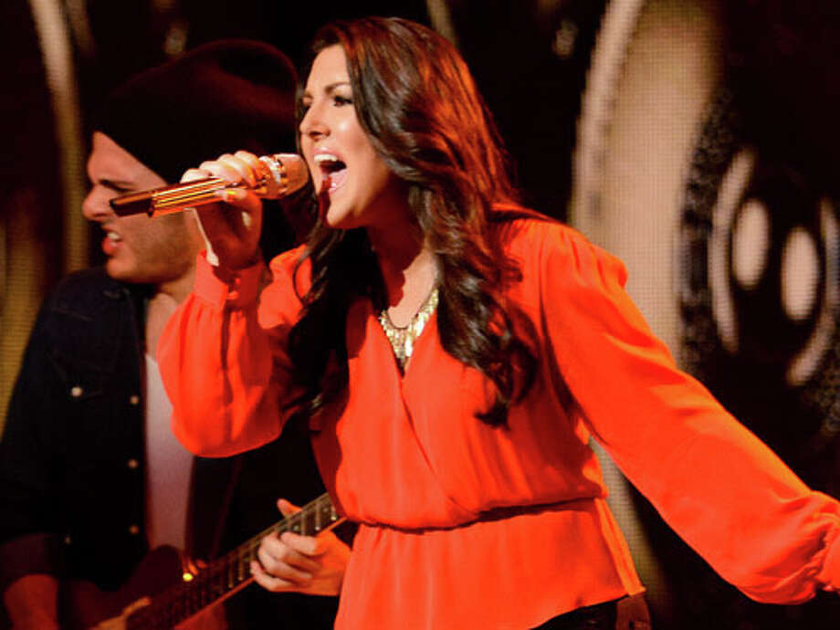 Kree's performance putting her in top two photo courtesy Americanidol.com