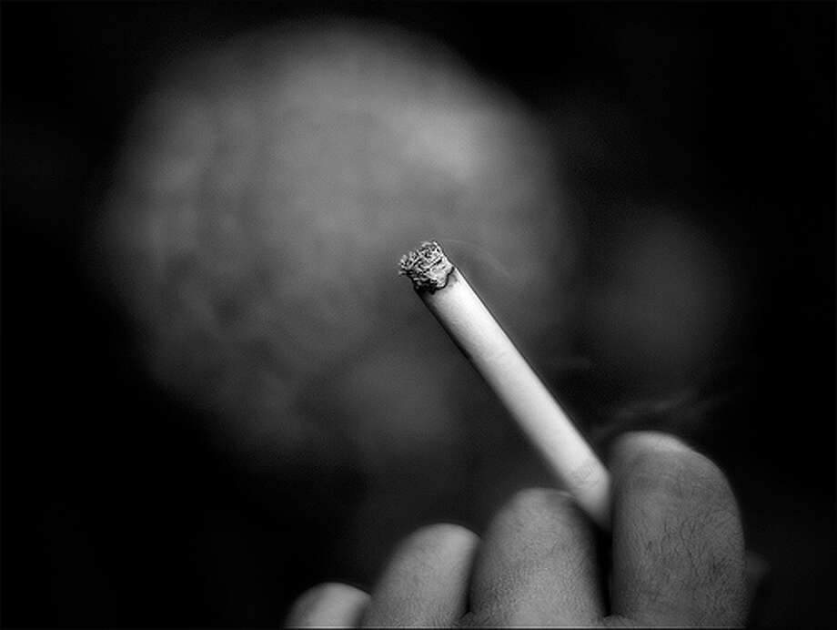 10. Smoking related (includes smoking, lighting up, putting ashes in ashtray), 1% percent of distracted drivers. Photo: Ferran., Flickr