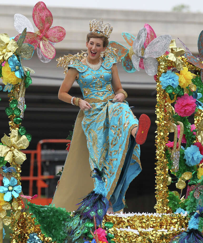 Princess Josephine Agnes Hill show off her sporty shoes during the Battle of Flowers Parade on Friday, Apr. 26, 2013. Photo: Kin Man Hui, San Antonio Express-News / © 2013 San Antonio Express-News