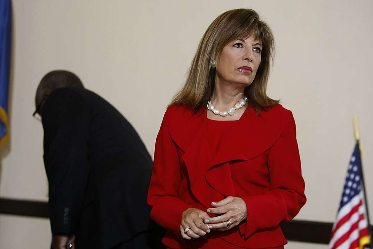 """U.S. Rep. Jackie Speier asked veterans with backlogged disability claims at the Department of Veterans Affairs in Oakland to join her at a """"fix-it meeting"""" at The War Memorial Building in San Francisco, California, on Monday, May 21, 2012. Behind her is the VA Oakland director Douglas Bragg."""