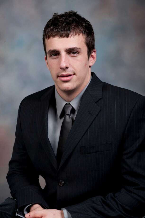 TE Luke Willson poses for a 2011 school photo.