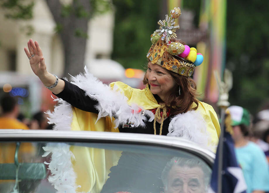 San Antonio's first poet laureate Carmen Tafolla serves as grand marshal at the King William Fair Parade on Saturday, Apr. 27, 2013. Photo: Kin Man Hui, Express-News / © 2013 San Antonio Express-News