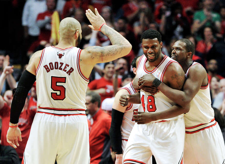 Nazr Mohammed, center, with Bulls, averaging 1.4 points, 2.2 rebounds in 2014. Photo: Jim Prisching, Associated Press / FR59933 AP