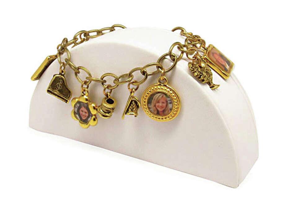 Custom JewelryThe folks at