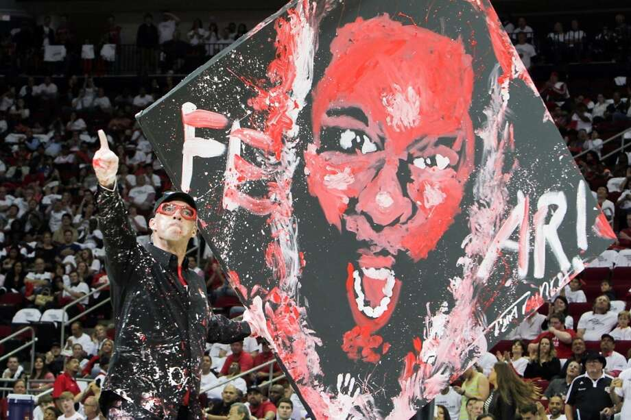 Dan Dunn's Paint Jam performance during halftime of Game 3. Photo: James Nielsen, Houston Chronicle