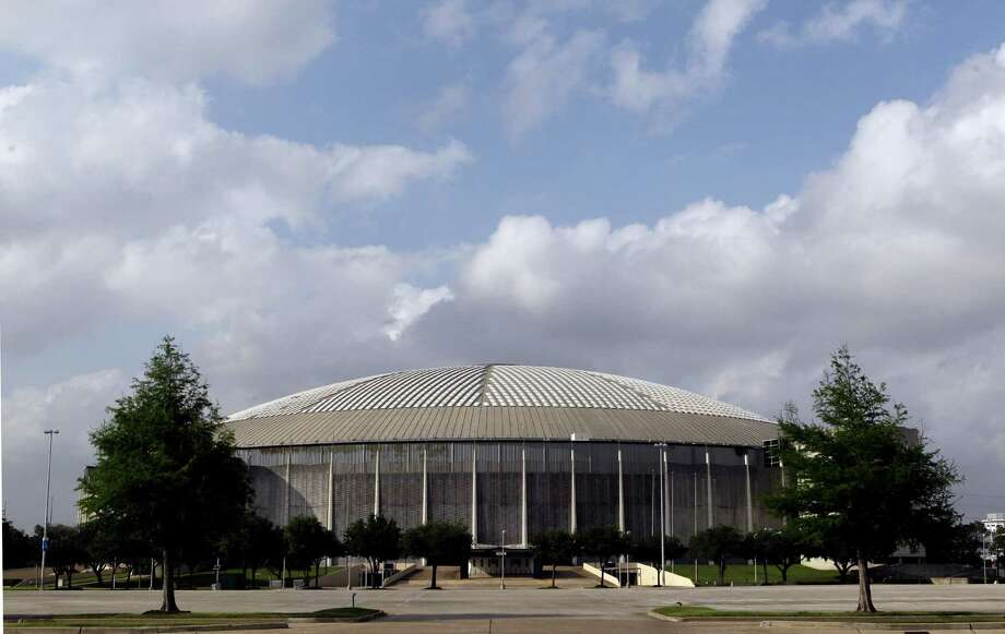 Deliberation on whether to tear down the Reliant Astrodome, seen here on April 3, 2012, or to renovate it has been delayed by what officials call financial reality. Photo: Melissa Phillip, Staff / © 2012 Houston Chronicle