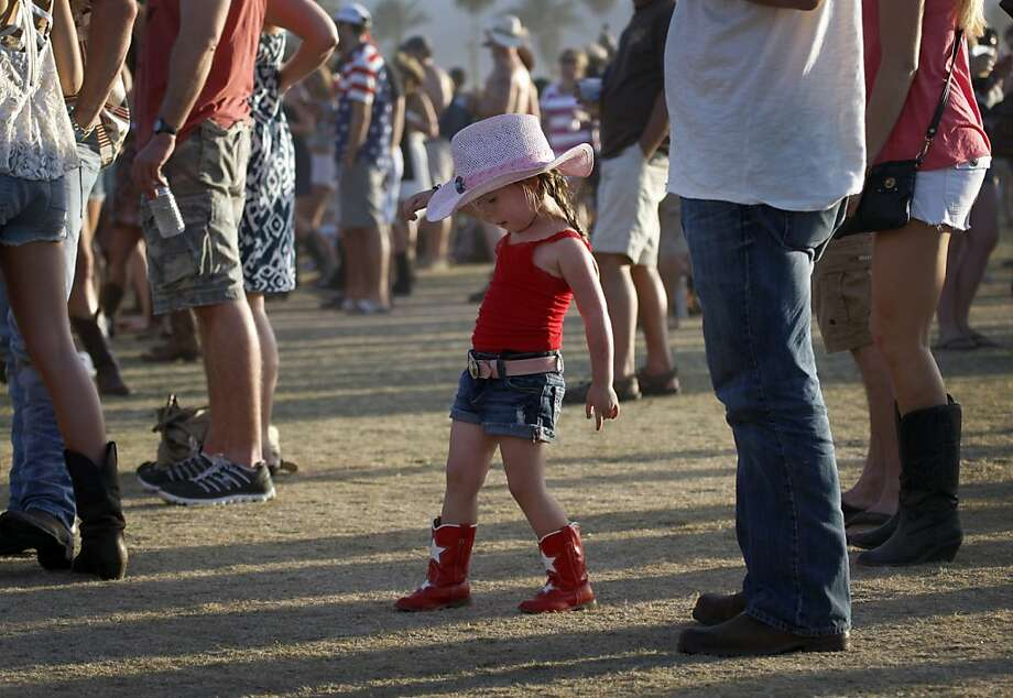 Ryan Bancroft, 3 years old, dances as Rodney Atkins performs during the Stagecoach Country Music Festival at the Empire Polo Club in Indio, California, Saturday, April 27, 2013. (Allen J. Schaben/Los Angeles Times/MCT) Photo: Allen J. Schaben, McClatchy-Tribune News Service