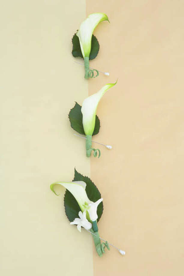 In: Simple boutonniere choices Photo: Walter B. McKenzie, Getty Images / (c) Walter B. McKenzie