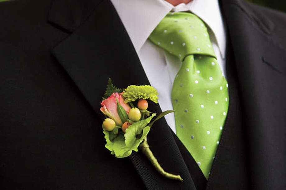 In: Simple boutonniere choices Photo: Frank Rosenstein, Getty Images / (c) Frank Rosenstein