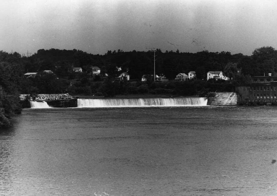 Hudson River Dam, Fort Edward. 7/18/1972. -1- McBride.